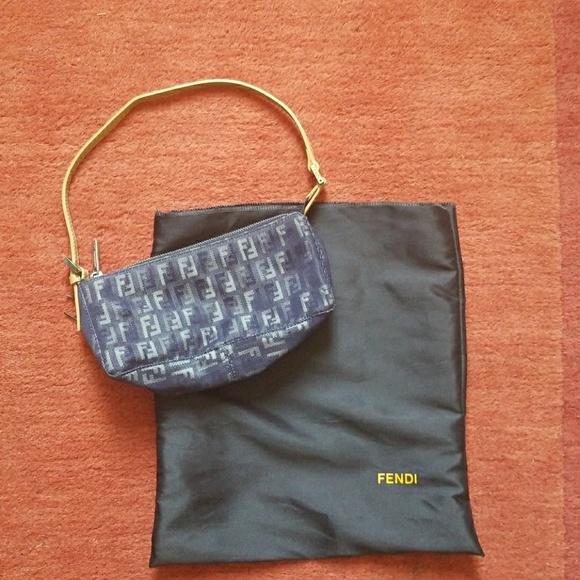 4137dcb5185d Fendi Handbags - AUTHENTIC Fendi Monogram Pochette